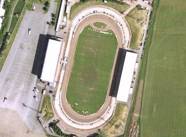 Craven Park 2002.jpg